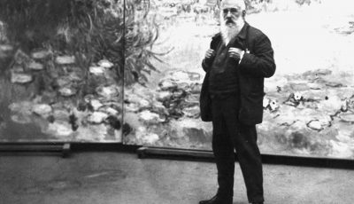 Monet with Nympheas 1920